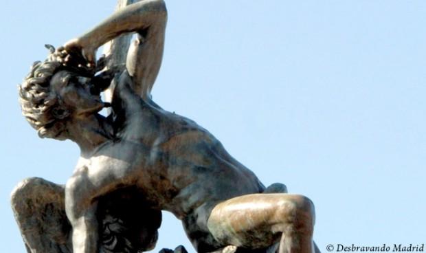 estatua anjo caido, parque do retiro