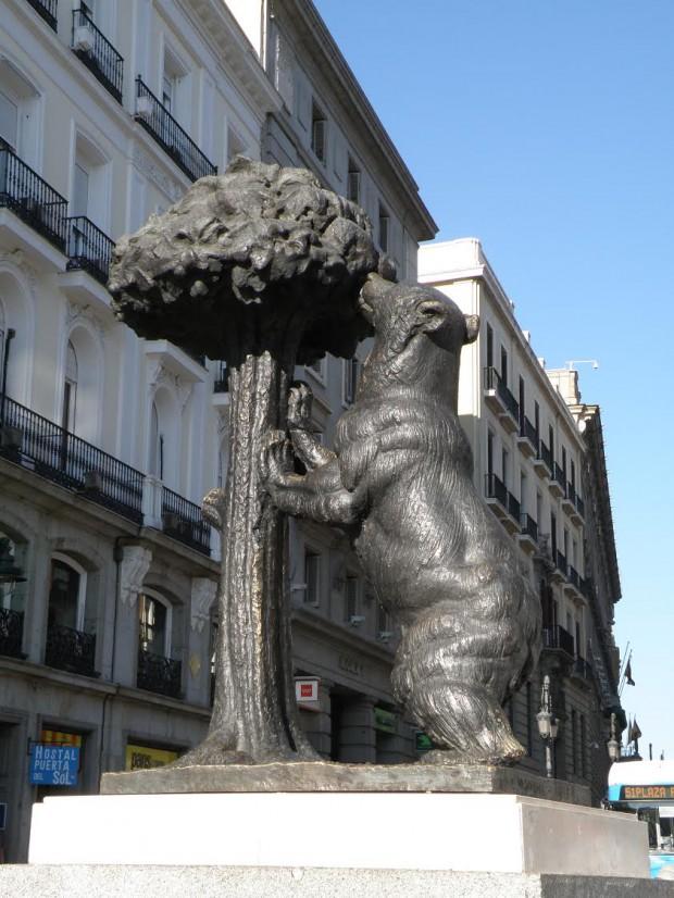 el oso y el madroño 1