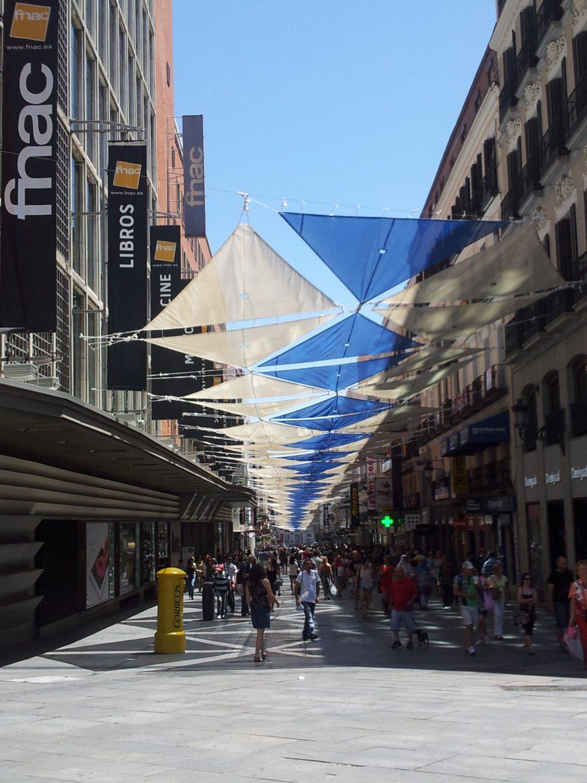 Plaza de Callao preparada para reduzir a incidência solar